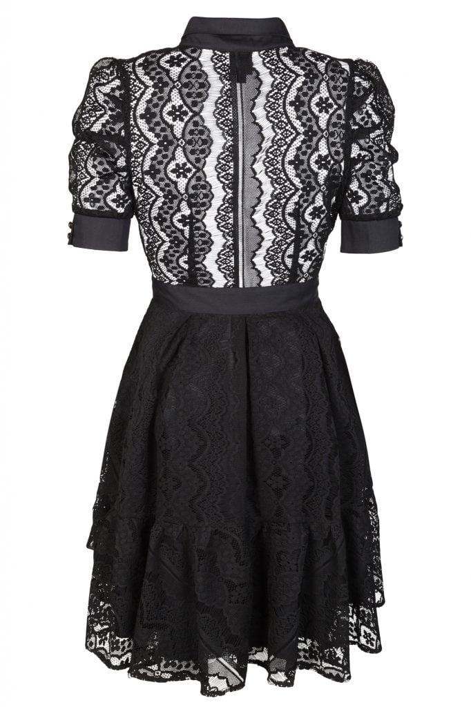 Sukienka - przykład zdjęcia ubrania typu duch.