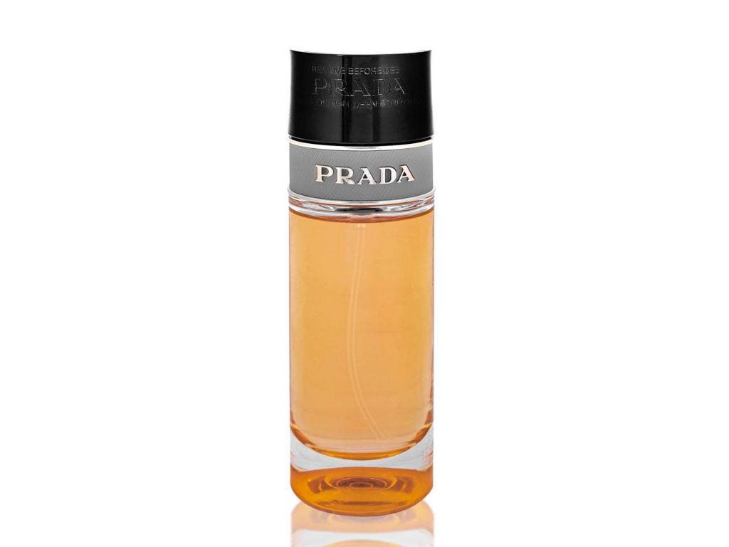 Perfumy Prada - przykład packshota.