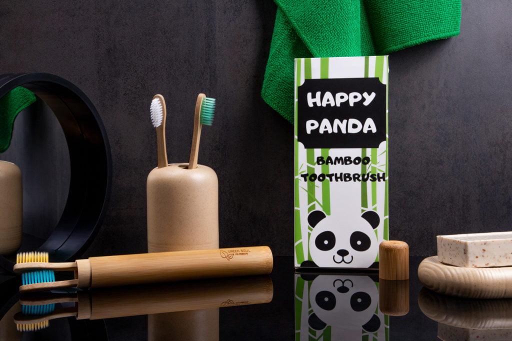 Fotografia produktowa - zdjęcie kompozycyjne z ekologicznymi artykułami do higieny.